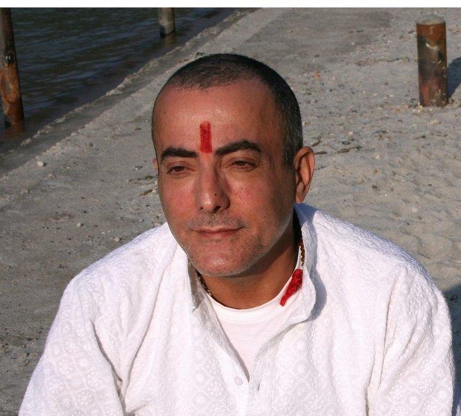 Array - Manuel Martín, Maestro de Dios